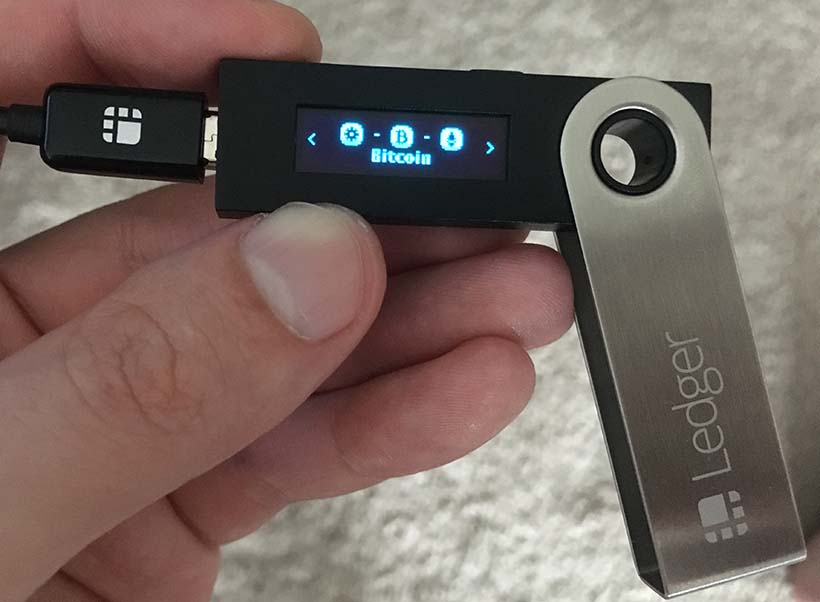 Buy Bitcoin in Canada - Transfer to Hardware Wallet - 2 - Open Bitcoin app on ledger